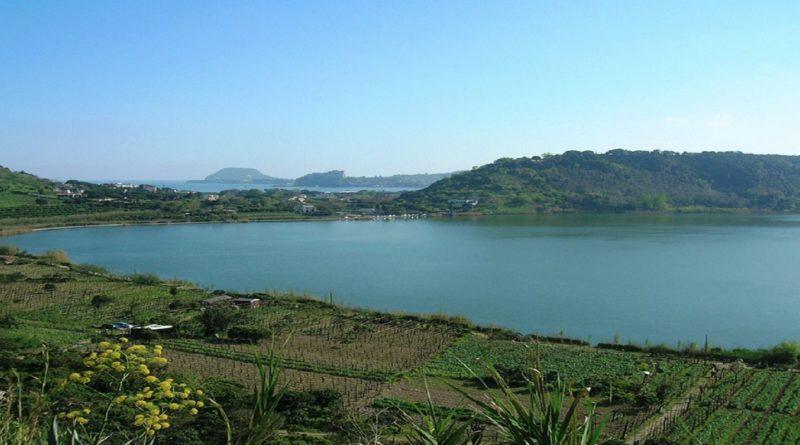 lago_di_averno